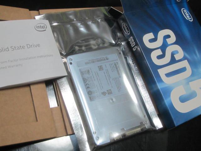 Intelの256GBなSSDを購入してOS入ってるドライブを入れ替えてみました